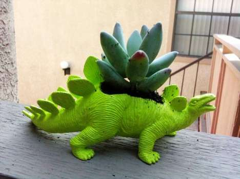 Prehistoric Planters - The Plant-A-Saurus Dinosaure Planter Breathes New Life Out of its Body
