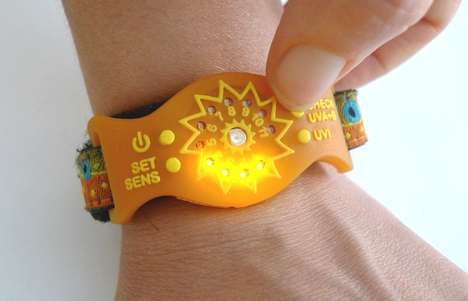 UV-Monitoring Solar Wristbands - The SunFriend UV Wristband Monitors Solar Activity So You Can Play