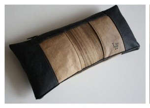 Sewable Wood Accessories - The Audrey Clutch by Christine Rochlitz Redefines its Wood Material
