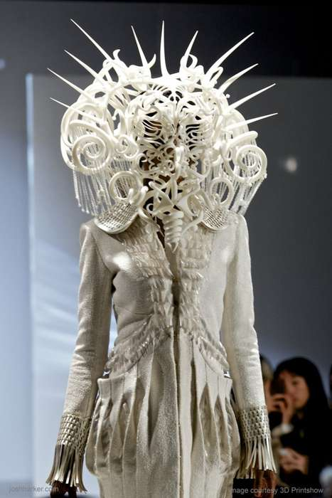 Elaborate 3-D Printed Fashion - Joshua Harker Designed This Intriguing 3-D Printed Fashion Piece