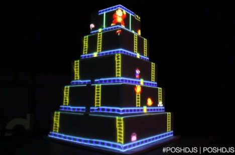 Animated Wedding Desserts - This Donkey Kong Wedding Cake from Meals For Reals is Animated