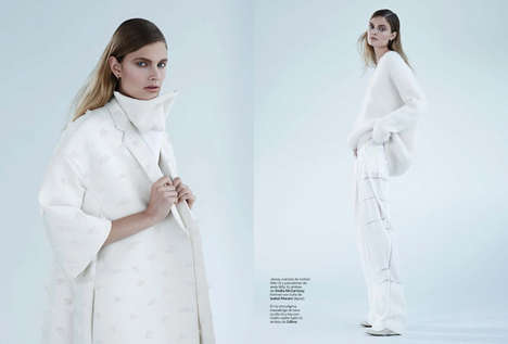 Austere Minimalism Attire - The Futuro En Blanco Fashion Story Embodies Clean Sophistication