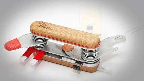 DIY Gadget Pocket Carriers - Clas Ohlson Has Upgraded the Swiss Army Knife to a Multi Gadget Tool
