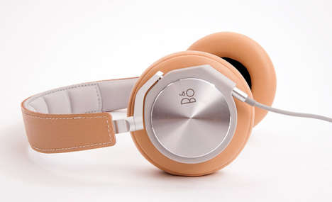 Modern Double-Jacked Headphones - The BeoPlay H6 Premium Headphones Have Audio Jacks in Both Ears