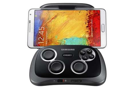 Smartphone-Enabled Physical Gamepads - Samsung Has Released a Mobile Gamepad for Android Smartphones