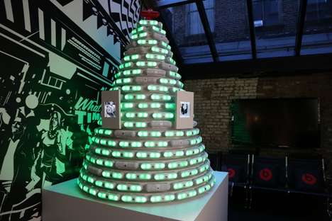 Interactive Speaker Tennenbaums - The Beats Pill Christmas Tree Responds to Twitter and Instagram