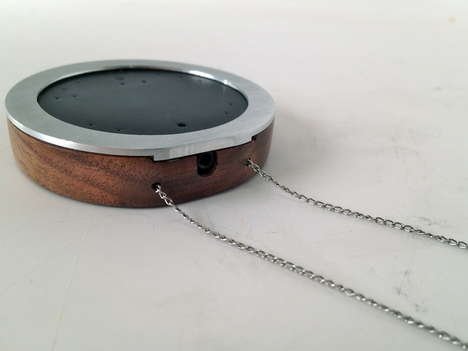 Chic Necklace Sound Boosters - The Wear Microphone Necklace Makes Conversations Easier for the Deaf