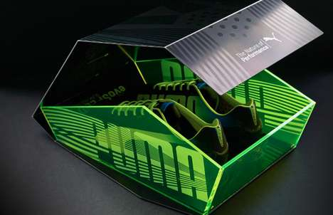 Angular Unfolding Shoeboxes - The Dynamic Puma EvoSpeed Box Channels a Stealth Bomber Shape