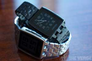 The Pebble Steel Smart Watch Boasts Plenty of Apps