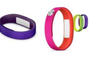 The Sony Lifesmart Wristband Was Displayed at CES 2014