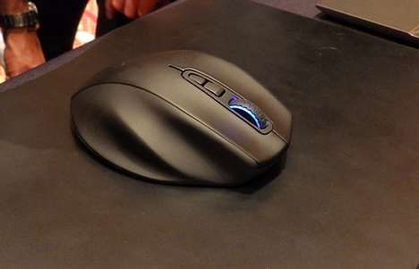 Mionix Inductive Charging Mouse