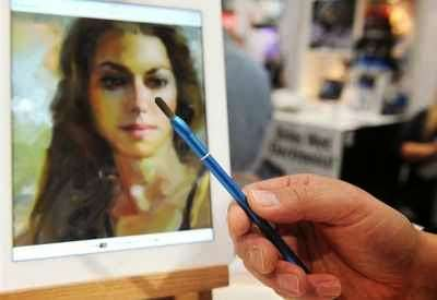 Digital Paint Brushes - The Nomadbrush Combines Modern Art with Modern Tech at CES 2014