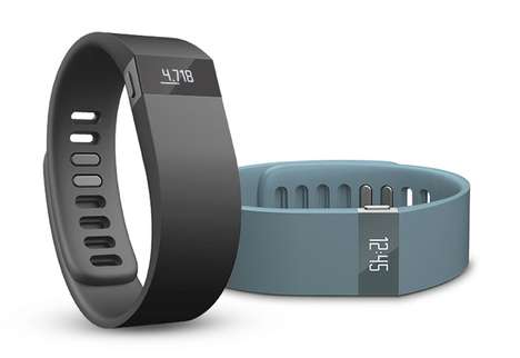 Smartphone-Synced Fitness Bracelets - The Fitbit Force