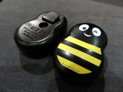 Vibrant Pain-Removing Devices - The Buzzy Mini Dulls the Pain at CES 2014