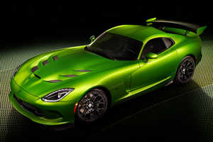 The New 2014 SRT Viper Color Was Unveiled at the Detroit Auto Show 2014