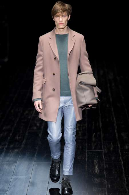 Muted Pastel Menswear - The Gucci Fall/Winter 2014 Menswear Puts an Emphasis on Color