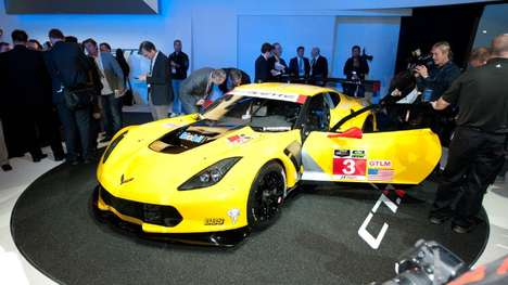 Streamlined Sleek Speedsters - The Corvette C7-R Draws Tons of Attention for Speed Enthusiasts