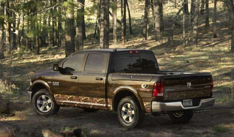Camouflage-Clad Pickup Trucks - The RAM 1500 Mossy Oak Stuns Viewers At The 2014 Detroit Auto Show