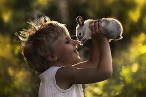Elena Shumilova's Photography Captures Heartwarming Bonds