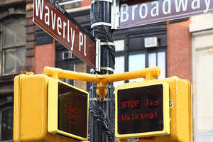 This Cool Street Signal Reacts to Pedestrians