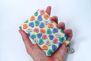 Show You Dislike V-Day with a Anti Valentine Zipper Pouch