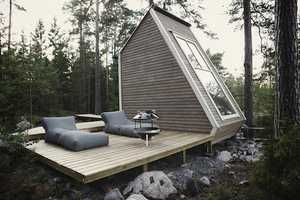 The Nindo Micro-Cabin Makes a Great Shelter in the Woods