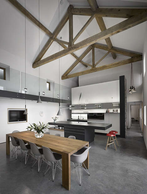Reinvigorated Barn Homes - This 18th Century Barn has Turned into a Double Height Volume Home