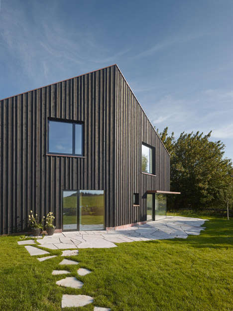 Irregularly Angular Homes - s_Denk Features Different Windows to Reflect Different Scenery