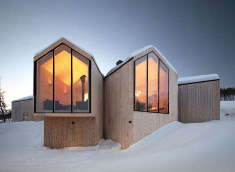 Multi-View Mountain Lodges - This Mountain Lodge Lets You See Things from a Variety of Views