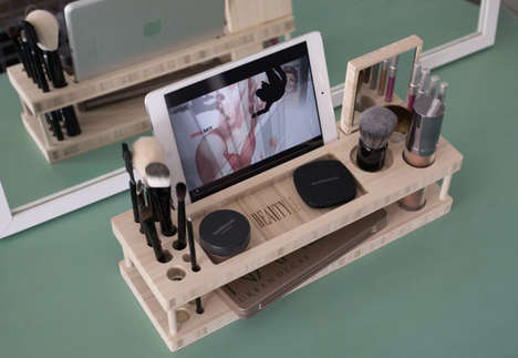 Tech-Integrated Makeup Docks - This Makeup Organizer Perfectly Props Up Tablets and Phones