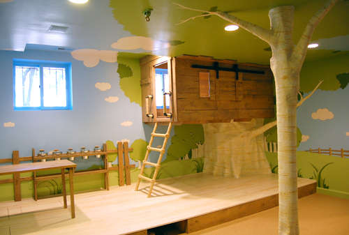 12 Creative Indoor Playgrounds