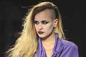 Eccentric Model Alice Dellal