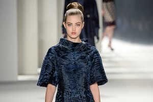 The Carolina Herrera Fall 2014 Ready-to-Wear Boasts Length