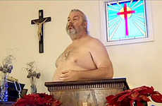 Welcomingly Worshiping Nudist Churches