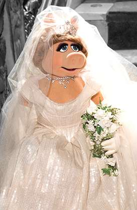 Opulent Puppet Gowns - Miss Piggy