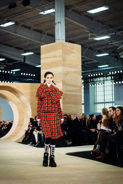 Fiercely Feminine Fall Collections - The Marc Jacobs Fall 2014 Collection is Fiercely Feminine
