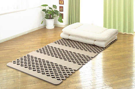 Dehumidifying Bed Mats - This Mat Wicks Away Moisture to Keep You Cool All Night