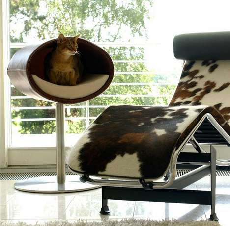 Feline Hideaway Cat Stands - This Rondo Stand is a Great Furniture Choice for Your Feline Friends