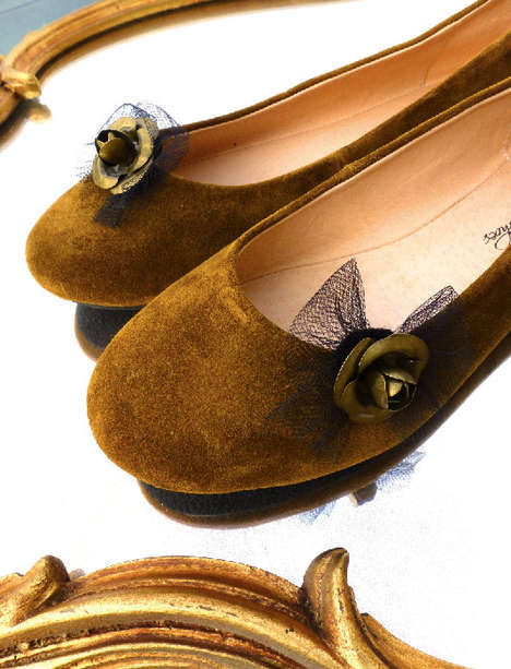 23 Brillant Ballet Flats - These Pairs of Chic Ballet Flats are Perfect for the Oncoming Seasons