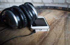 Alluring Aluminum Phone Cases - The KLOQE iPhone Case Boasts a Sleek Structure