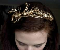 11 Glamorously Golden Hair Accessories - These Gold Hair Accessories are Fit for a Queen