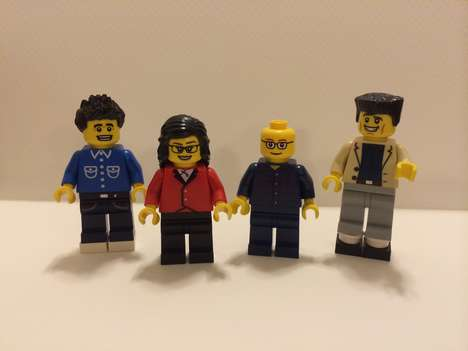 LEGO Sitcom Recreations - This Series Re-Imagines the Seinfeld Cast as LEGO Pieces