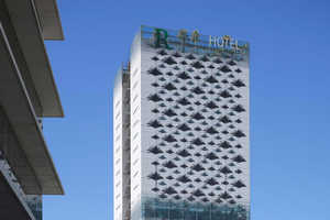 The Renaissance Barcelona Fira Hotel is Sustainable Inside and Out