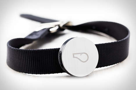Wireless Dog Welfare Collars - This Dog Collar Helps Keep Track of Man's Best Friend at All Times