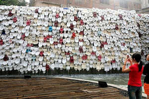 This Fountian Installation is Made of 10,000 Toilet Bowls