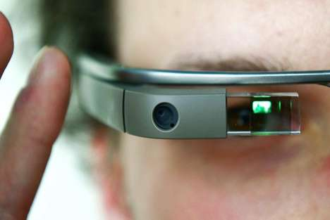 Head-Tilting Smartglasses Apps - Tilt Control Allows Disabled Users to Easily Use Google Glass