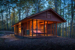 The ESCAPE Luxury RV Cabin is Not Your Average Mobile Vehicle