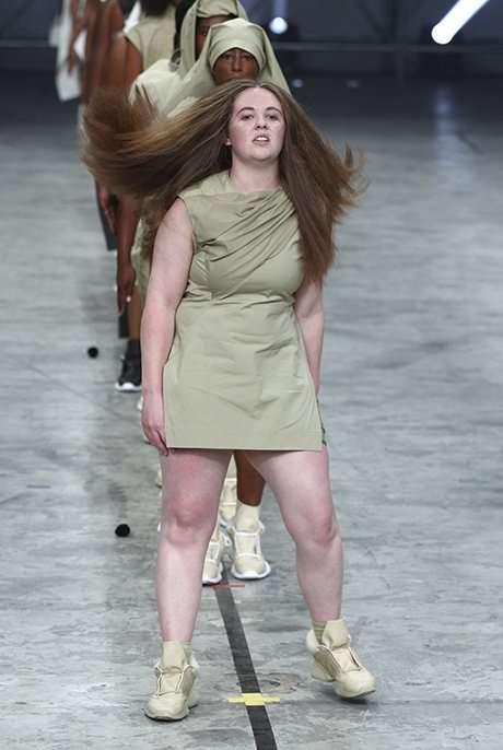 Real Female Runway Shows - The 2014 Paris Fashion Week Rick Owens Show Features Ordinary Women