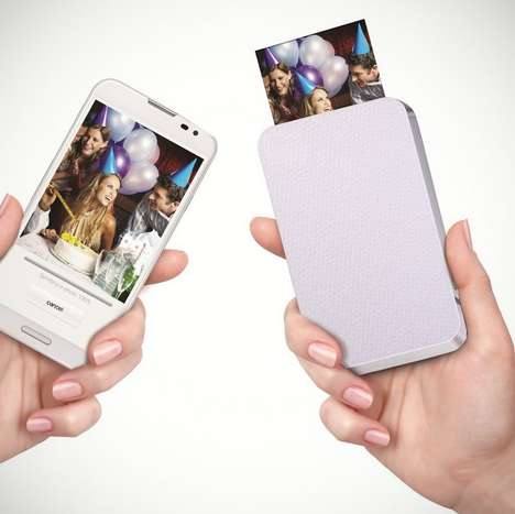 Palm-Sized Smartphone Printers - This Tiny Printer for Your Smartphone Makes Printing Pictures Easy
