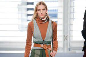 This Nicolas Ghesquiere Collection for Louis Vuitton Boasts Cozy Couture